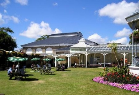 Gyllngdune Gardens and cafe at the Princess Pavilion, Falmouth